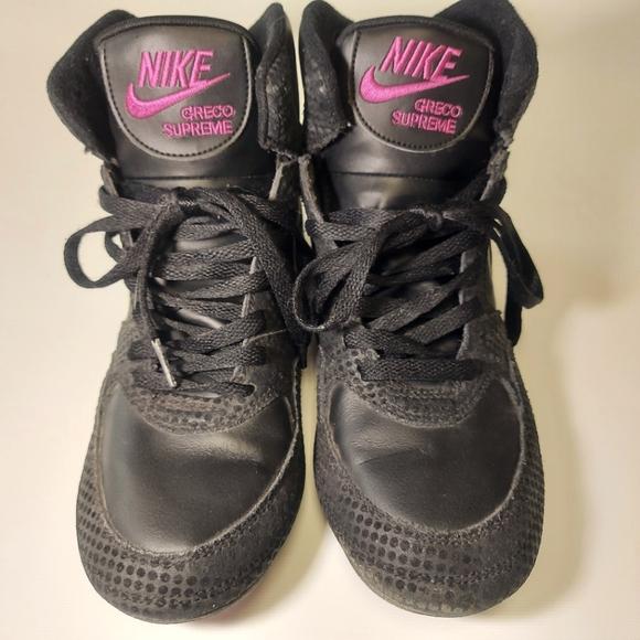 Womens Nike Greco 8.5 Black/ Violet Wrestling Shoe